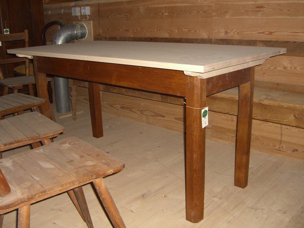Tische: El Carpintero